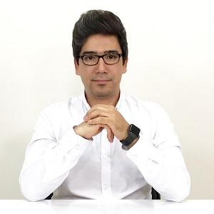 محمود قیومی